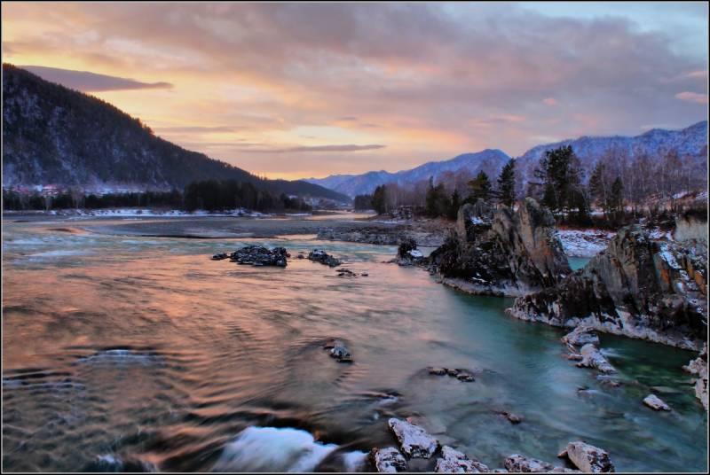 Рассвет на реке - Алтай Фото